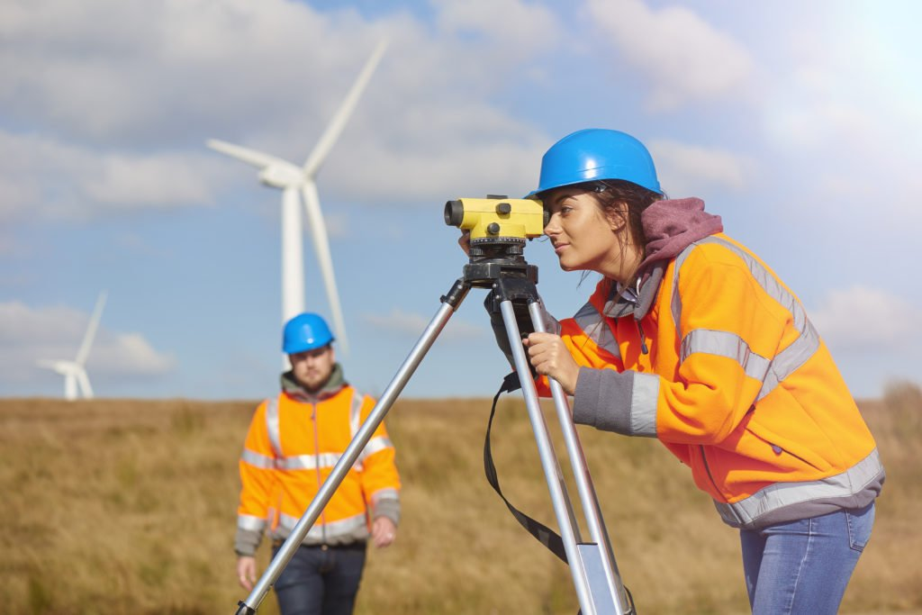 Builderstorm-female-windfarm-engineer